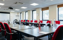 Ashorne Hill meeting room