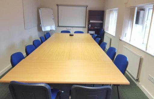 Aylesbury Town Meeting Space - 2 Pebble Lane, Aylesbury - 1