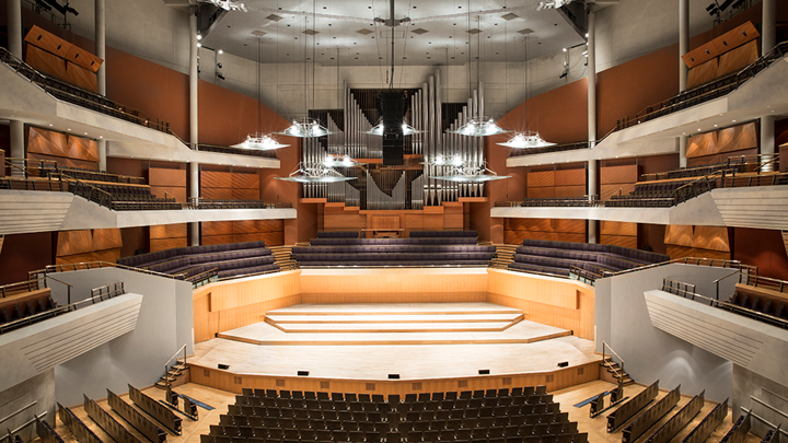 Best Large Manchester Conference Venues | The Bridgewater Hall | The Venue Booker | Free Venue Finding Service | Venue Finding Agency | Find a Venue