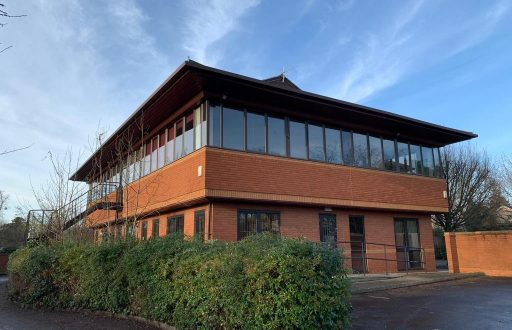 Educational centre in Datchet/Slough - - 1