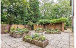 Emily Jackson House – restaurant space - Emily Jackson Close Eardley Road Sevenoaks - 6