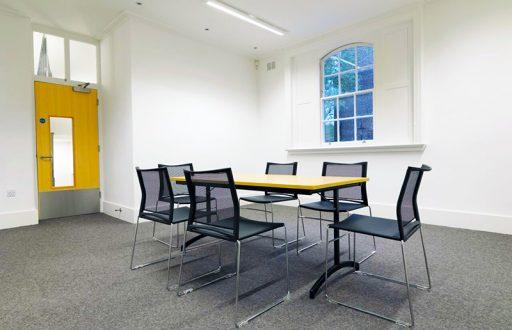 Medium Meeting Room; 1-15 People - Cambridge House, 1 Addington Square - 4