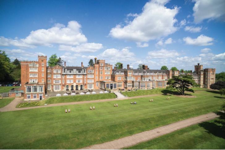 Top Hotels for Teambuilding Events | De Vere Selsdon Estate | The Venue Booker | Free Venue Finding Service | Venue Finder | Event Booker | Venue Sourcing Agency